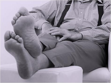 男性の足の臭いにおい(革靴・ブーツ)
